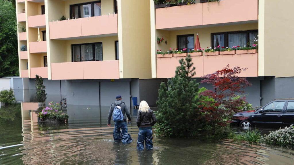 Wasserschaden beseitigen Rosenheim Flut Überschwemmung 1024x576 - Wasserschaden beseitigen in Rosenheim